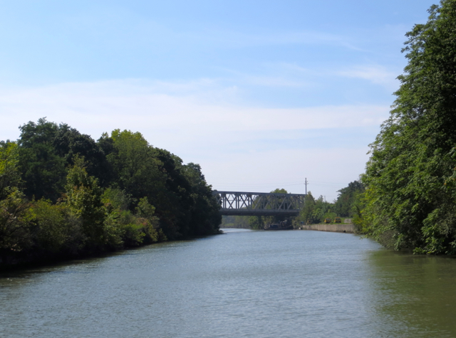 What to Do in Lockport, NY - Cruise the Erie Canal