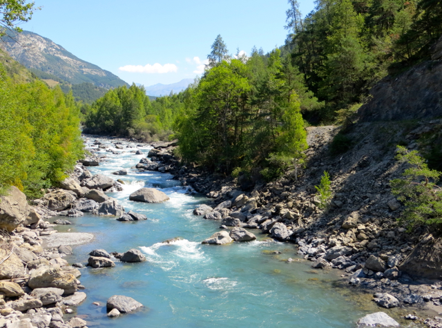 Things to do in barcelonnette france with kids for What to do with river rock