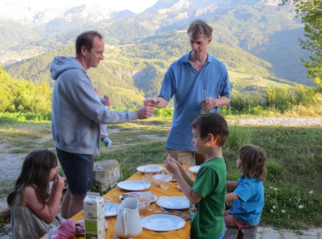 Things to Do in Barcelonnette, France with Kids - Dinner Al Fresco