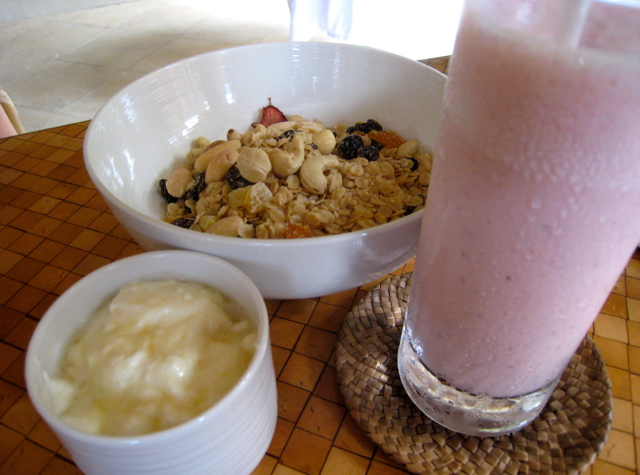 Amankila Bali Review - Food - Breakfast - Strawberry Smoothie, Yogurt and Granola