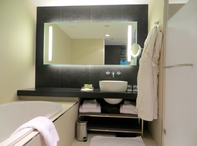 InterContinental Marseille Hotel Dieu Review - Deluxe Bathroom