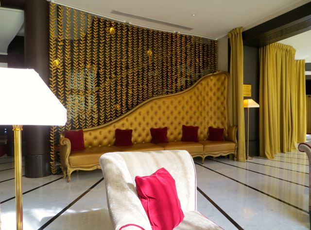 Hotel Fouquet's Barriere Paris Hotel Review - Lobby
