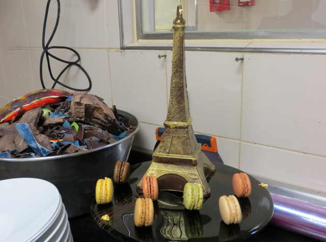 Four Seasons Paris Chocolate Room-Chocolate Eiffel Tower