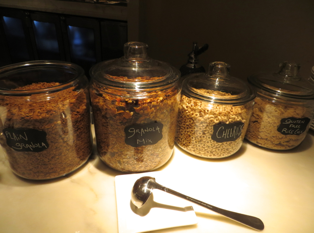 Brasserie S&P Continental Breakfast Buffet: Housemade Granola