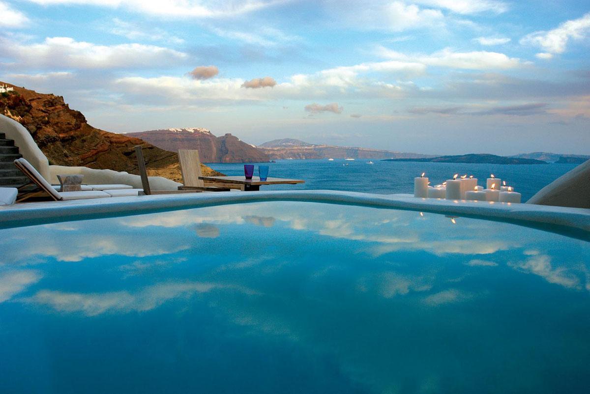 Mystique, Santorini: Complimentary Airport Transfer