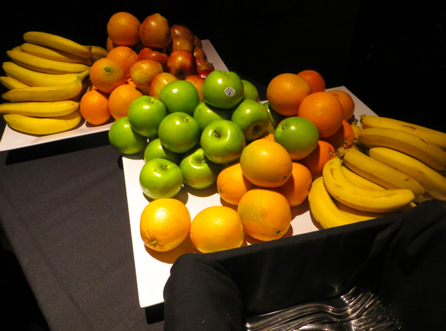 Fruit, Chase VIP Lounge for United Card Holders