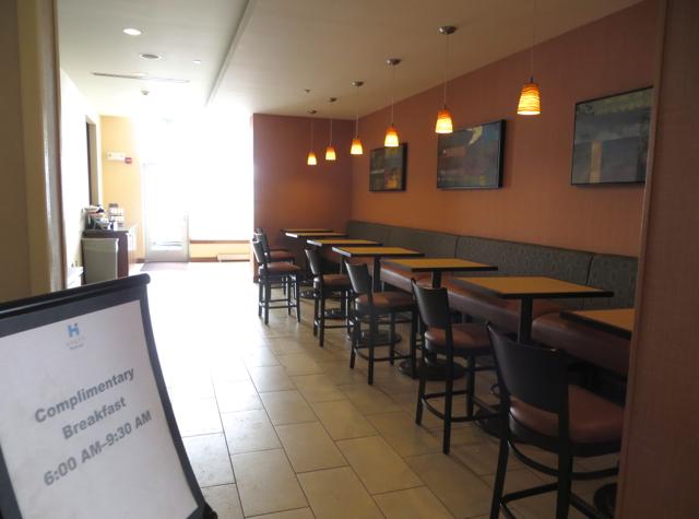 Hyatt House Denver Airport Hotel Review - Free Breakfast 6am-9:30am