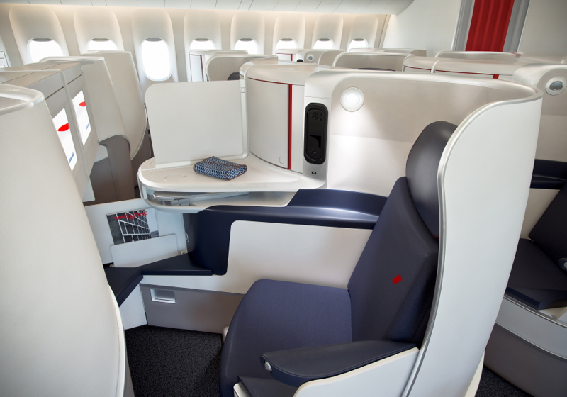 Air france new business class seat unveiled finally for Interieur paris premiere