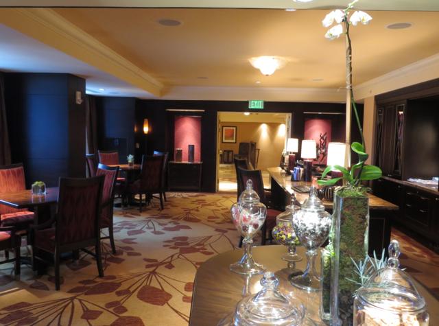 Club Lounge, Ritz-Carlton Denver Review