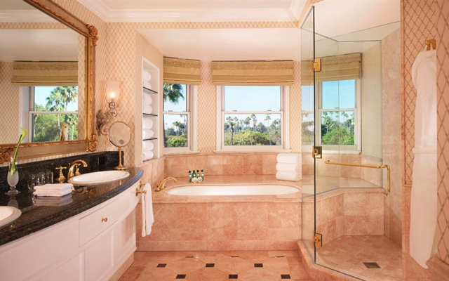 Dorchester Diamond Collection Diamond Club Benefits-Beverly Hills Hotel-Junior Suite