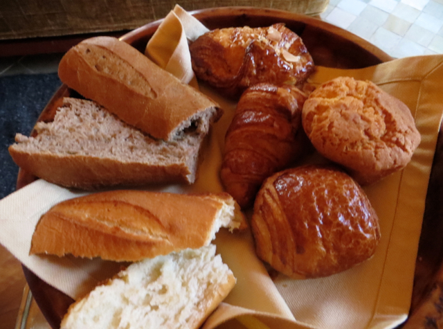 Amanjena Breakfast: Pastries and Breads