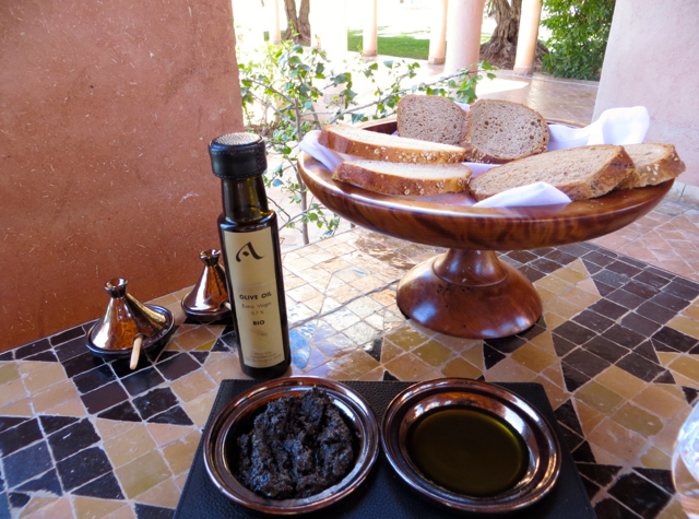 Amanjena Pool Terrace - Bread, Olive Oil, Tapenade