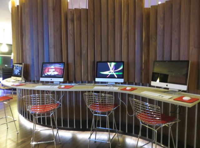 Virgin Atlantic Clubhouse JFK Terminal 4 - Computers