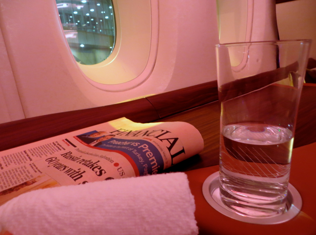 Singapore Suites A380 Review JFk to Frankfurt - Pre-Flight Drink and Cool Towel