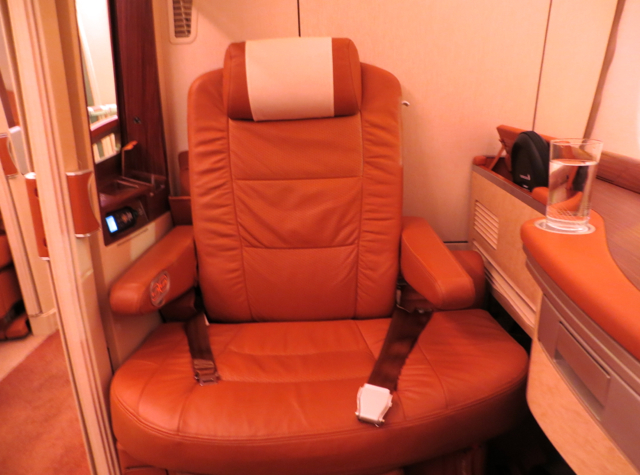 Singapore Suites A380 Review JFK to Frankfurt - Suite 3A Seat