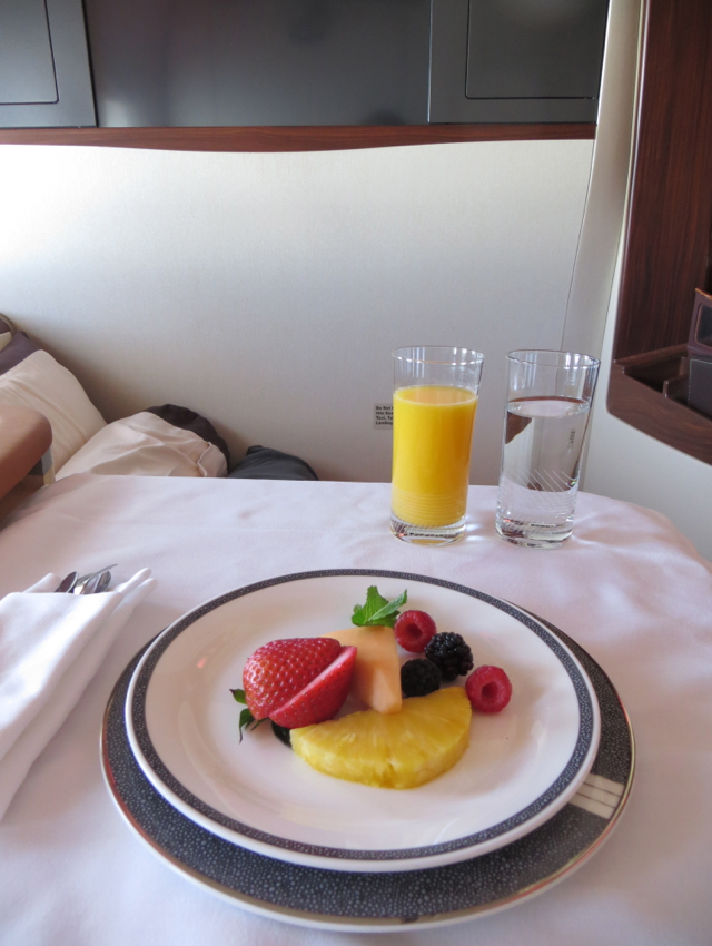 Singapore Suites A380 Review JFK to Frankfurt - Breakfast
