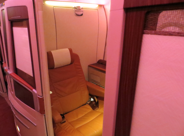 Singapore Suites A380 Review: Frankfurt to Singapore - Suite 3A