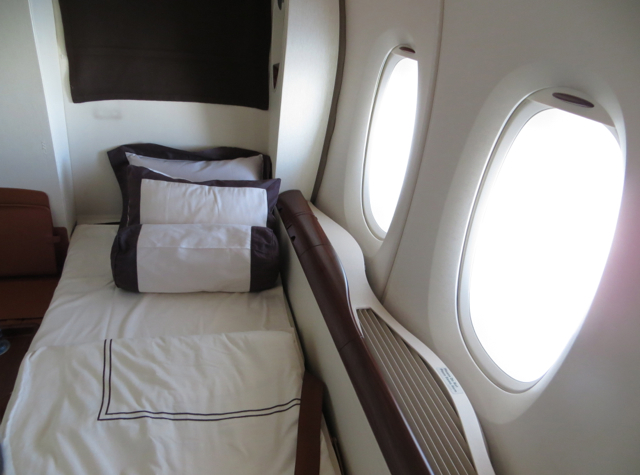 Singapore Suites A380 Review Frankfurt to Singapore - Turndown Service