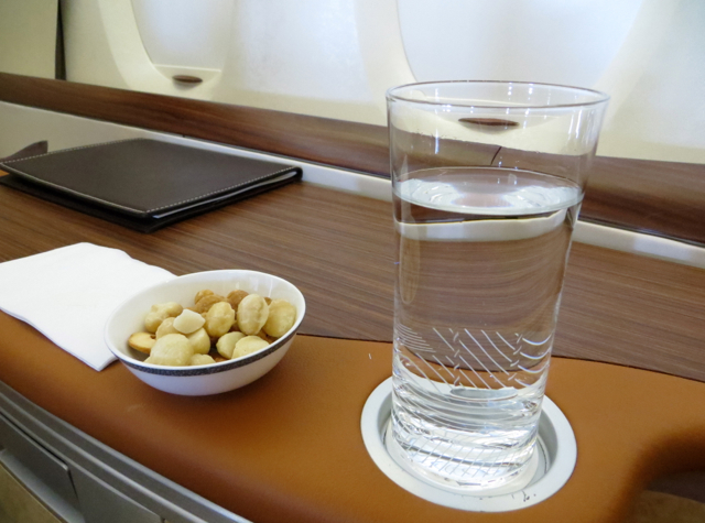 Singapore Suites A380 Review: Singapore to Hong Kong - Pre-Meal Warm Nuts and Drinks