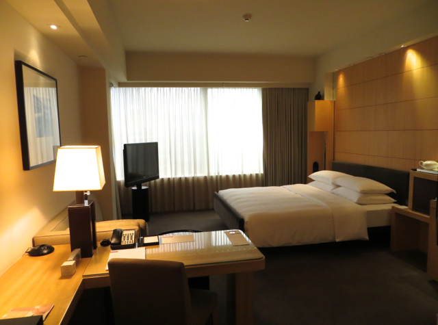 Review: Grand Hyatt Hong Kong Club Harbour View Room