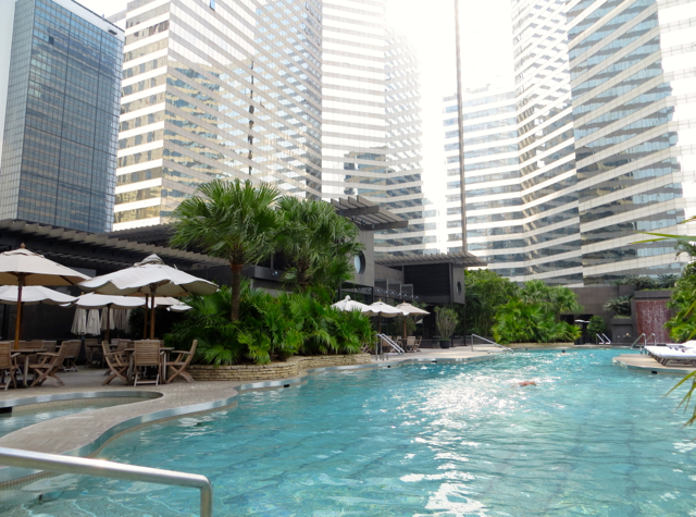 Review: Grand Hyatt Hong Kong Outdoor Heated Pool