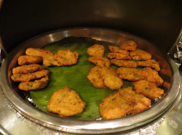 Review-Grand Club Lounge, Grand Hyatt Hong Kong - Thai Fish Cakes