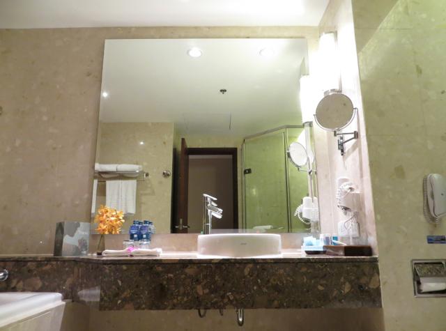 Novotel Bangkok Suvarnabhumi Airport Hotel Review - Bathroom
