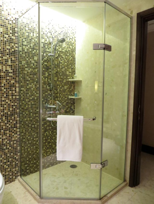 Novotel Bangkok Airport Hotel Review - Shower