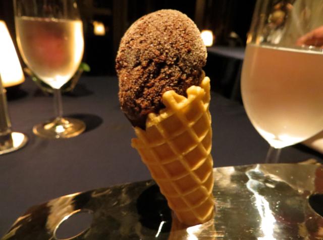 Jahn Pre-Dessert Ice Cream Cone