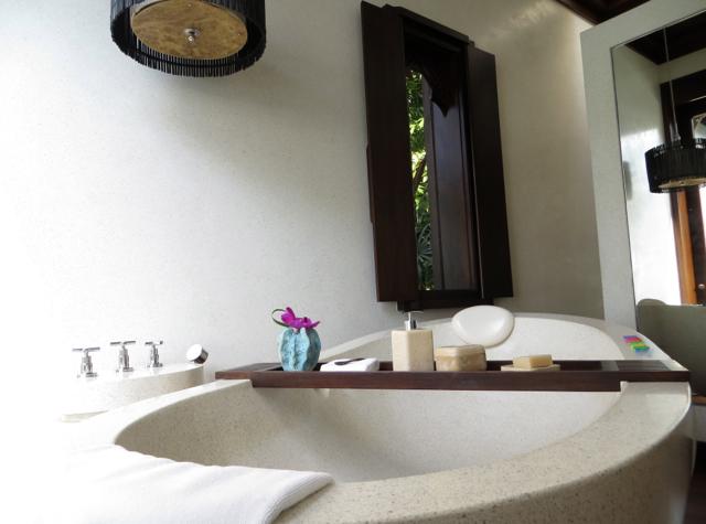 Four Seasons Koh Samui Review - Villa Soaking Tub