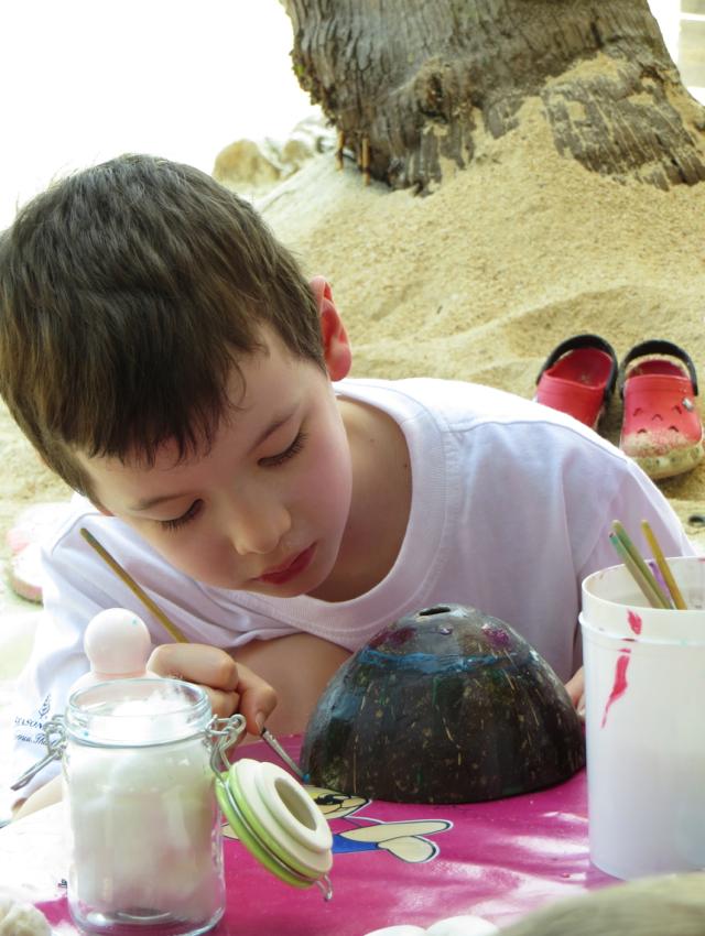 Four Seasons Koh Samui Kids Club - Coconut Painting