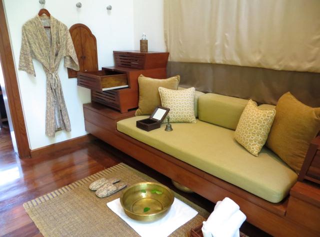 Four Seasons Resort Koh Samui Spa - Sitting Area for Foot Washing
