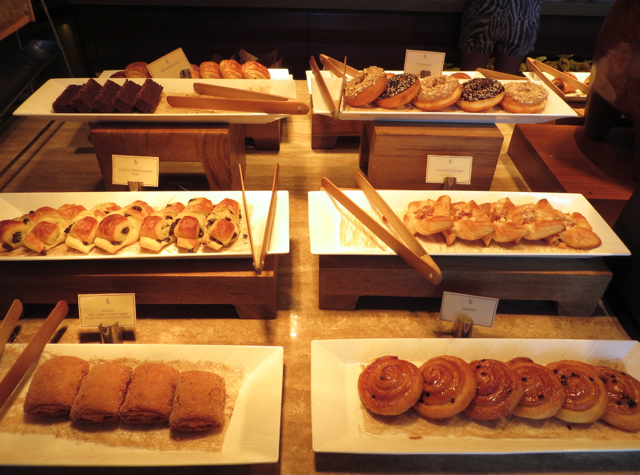 Four Seasons Koh Samui Breakfast Review - Pastries and Doughnuts