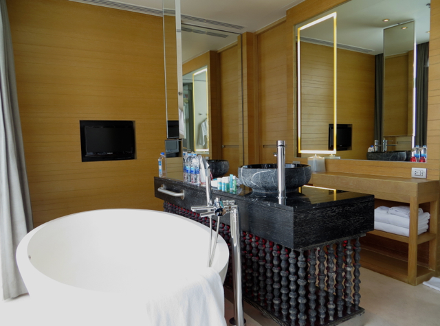 W Retreat Koh Samui Review - Bathroom