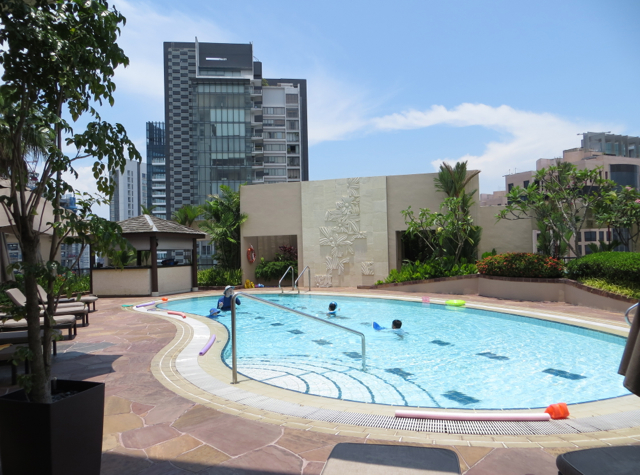 Four Seasons Singapore Review - Family and Kids' Pool