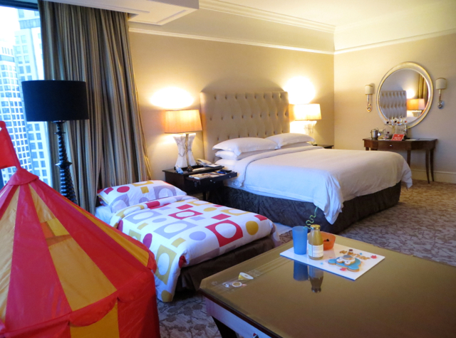 Four Seasons Singapore Review - Premier Room with King Bed and Kids' Bed