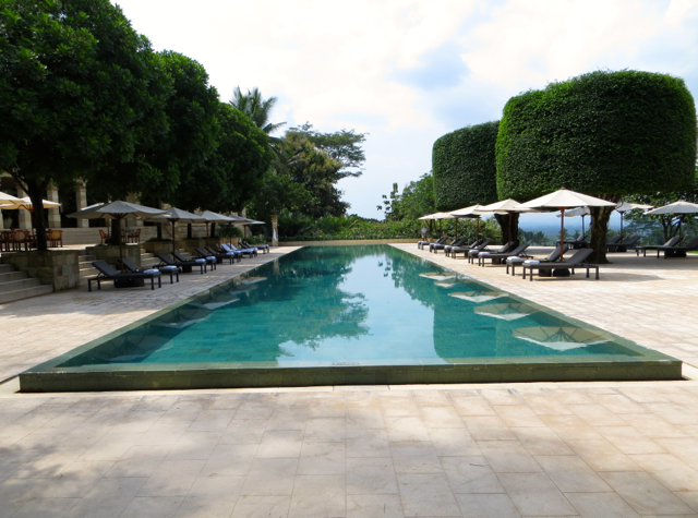 Amanjiwo Review - Outdoor Pool