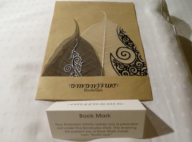 Amanjiwo Review - Turndown Gift - Bookmarks