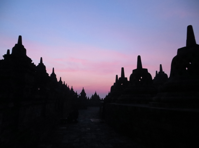 Borobudur Sunrise Tour - Pre-Dawn