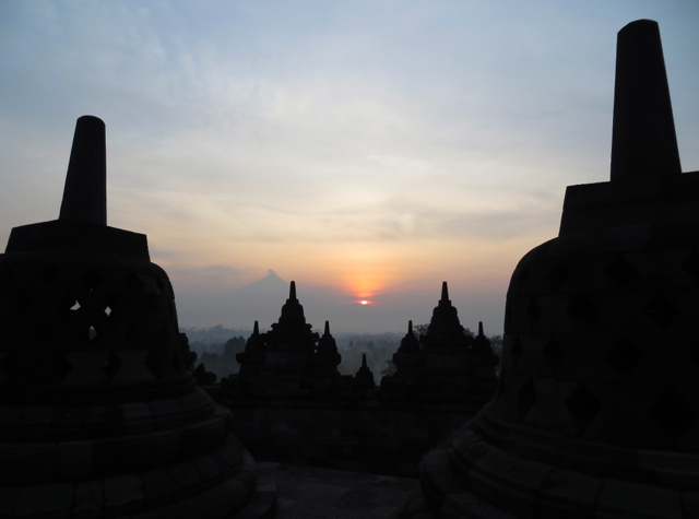 Borobudur Sunrise Photo Tour