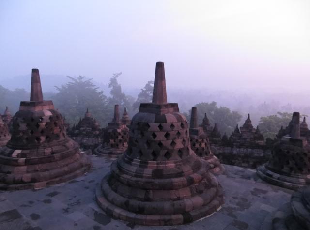 Borobudur Sunrise Tour - Stupas