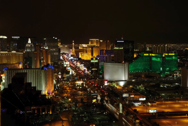 Top Four Seasons Preferred Partner Deals - Four Seasons Las Vegas 3rd Night Free for Suites