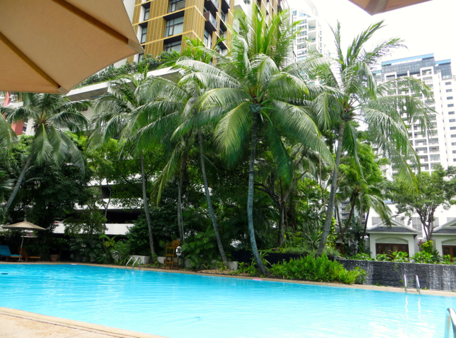Four Seasons Bangkok Hotel Review - Swimming Pool
