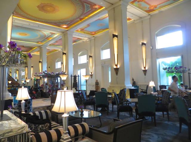 Four Seasons Bangkok Hotel Review - Lobby