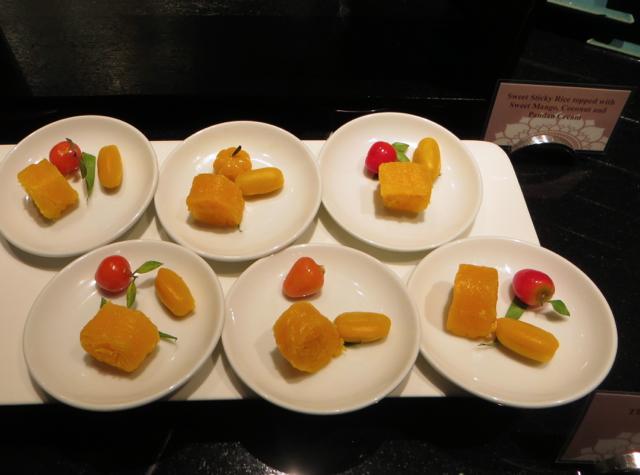 Sweet Sticky Rice with Mango for Dessert, Four Seasons Bangkok Executive Club Lounge