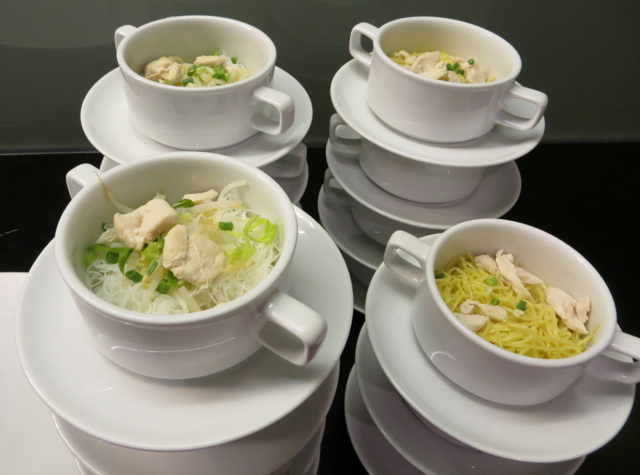 Thai Airways Royal Orchid Lounge Bangkok Review - Chicken Noodle Soup