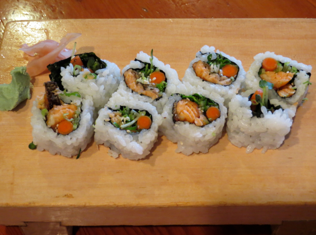 Koiso Sushi Bar Maui Review - Salmon Skin Roll