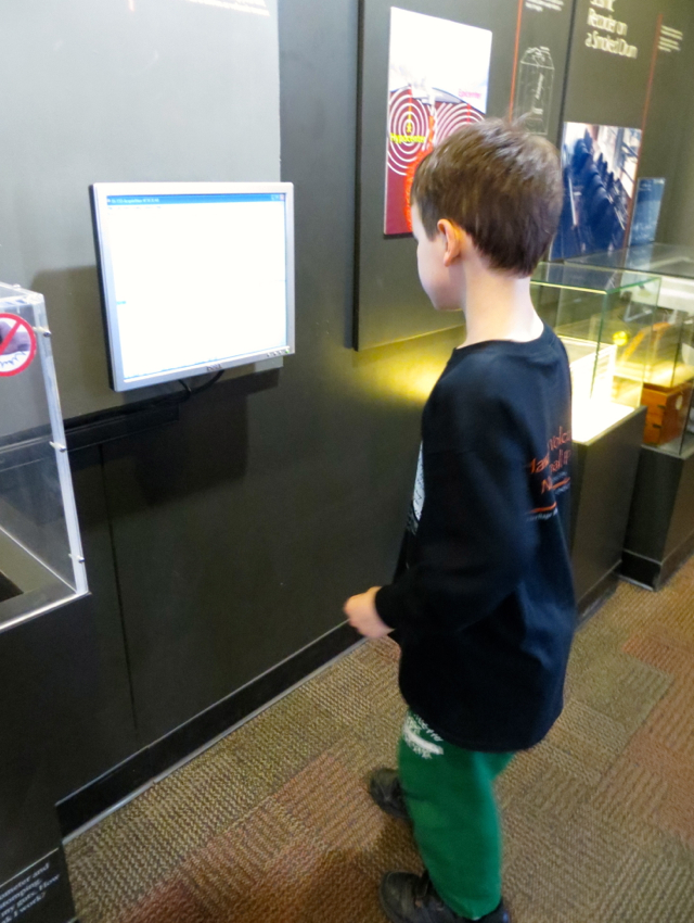 Hawaii Volcanoes National Park Review - Seismograph at Jaggar Museum