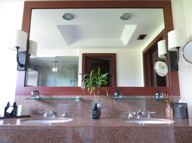 Four Seasons Hualalai Review - Bathroom with Dual Vanities