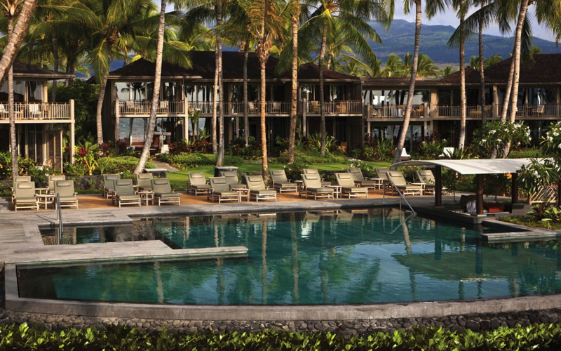Four Seasons Hualalai Review - Palm Grove Adults Only Pool